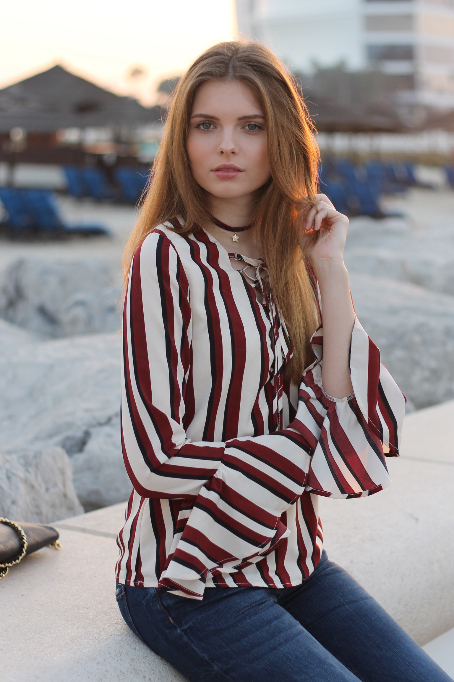 file12kopie - STRIPED BLOUSE OUTFIT IN DUBAI