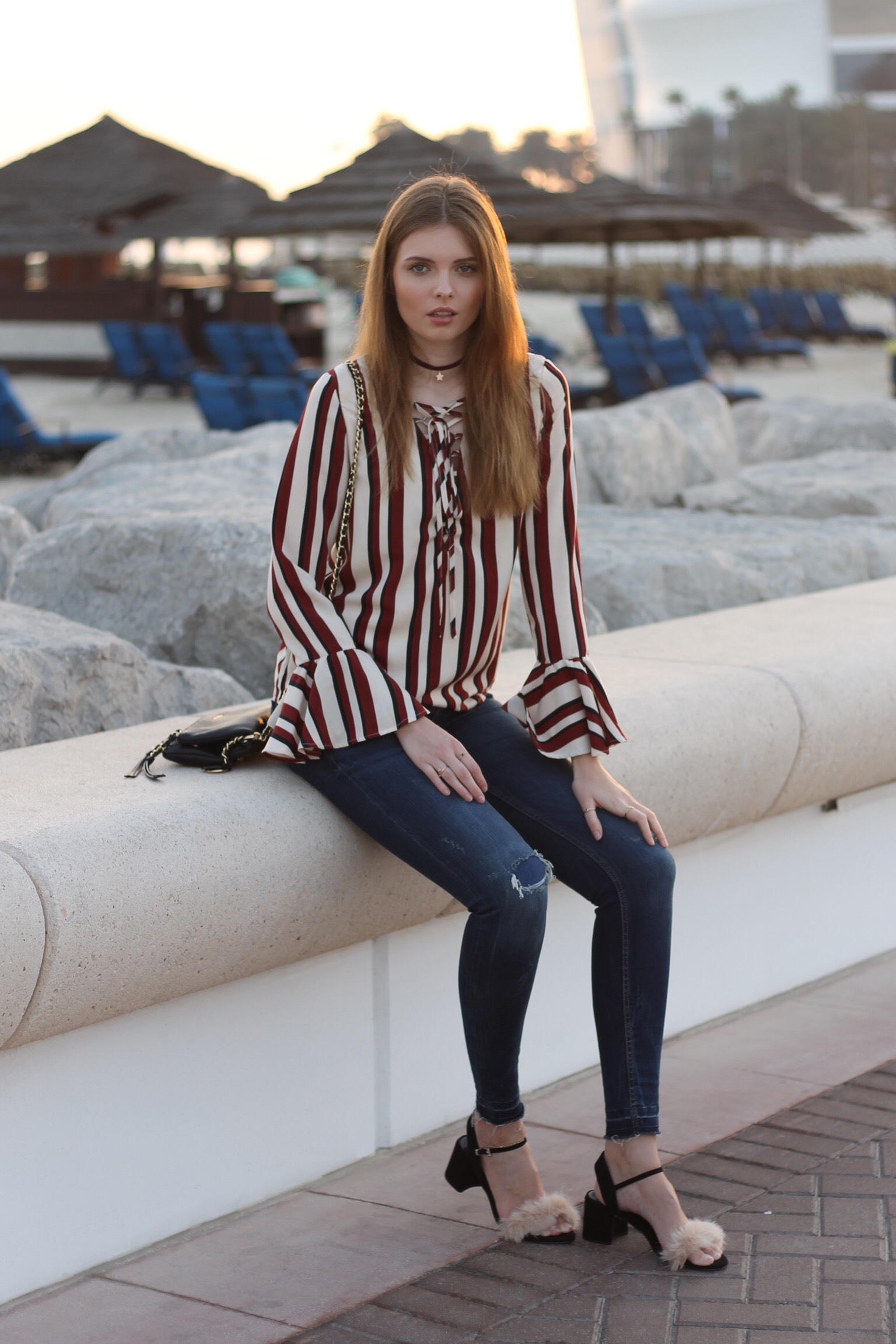 file31 - STRIPED BLOUSE OUTFIT IN DUBAI